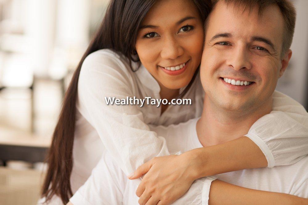 Truly Rich Club Happy Couple Wealthy Tayo